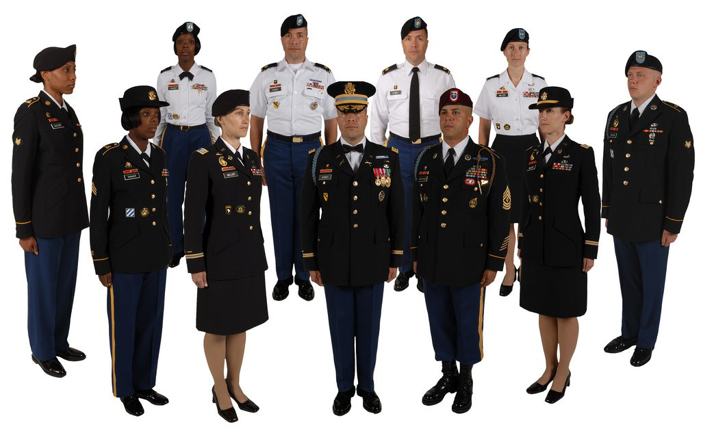 80642920_ArmyServiceuniforms.thumb.jpg.ba0b86645e4f0f692561c11dabaaed03.jpg