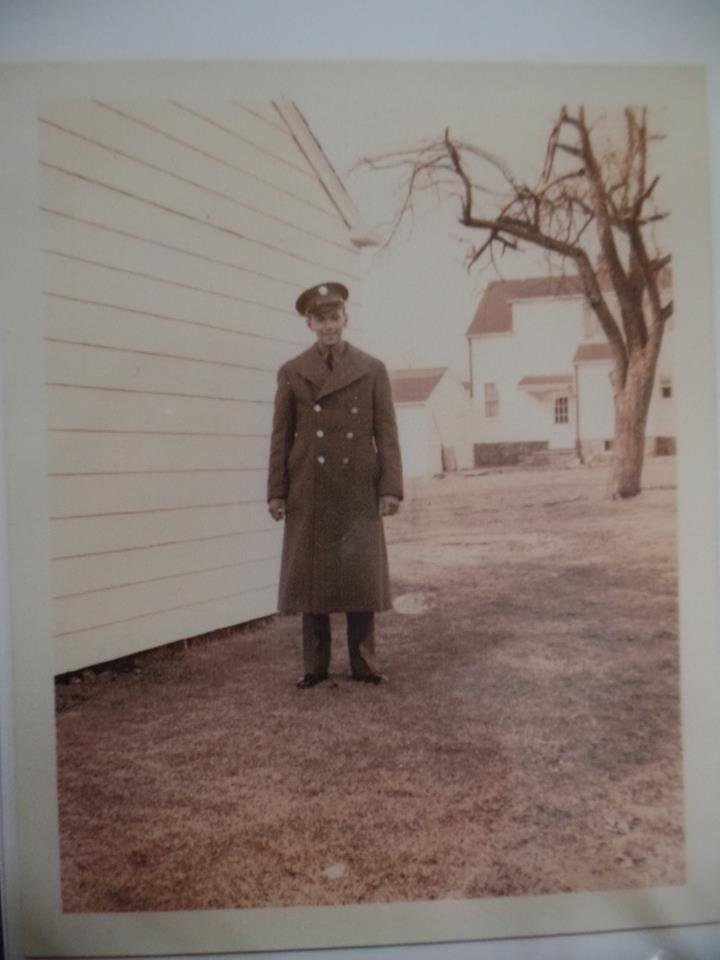 Dad Long Hill May 1942.jpg