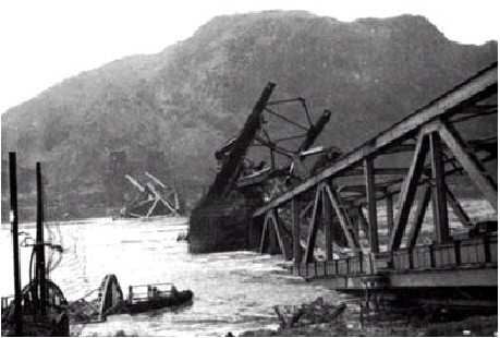 Ludendorf Bridge - Collapsed