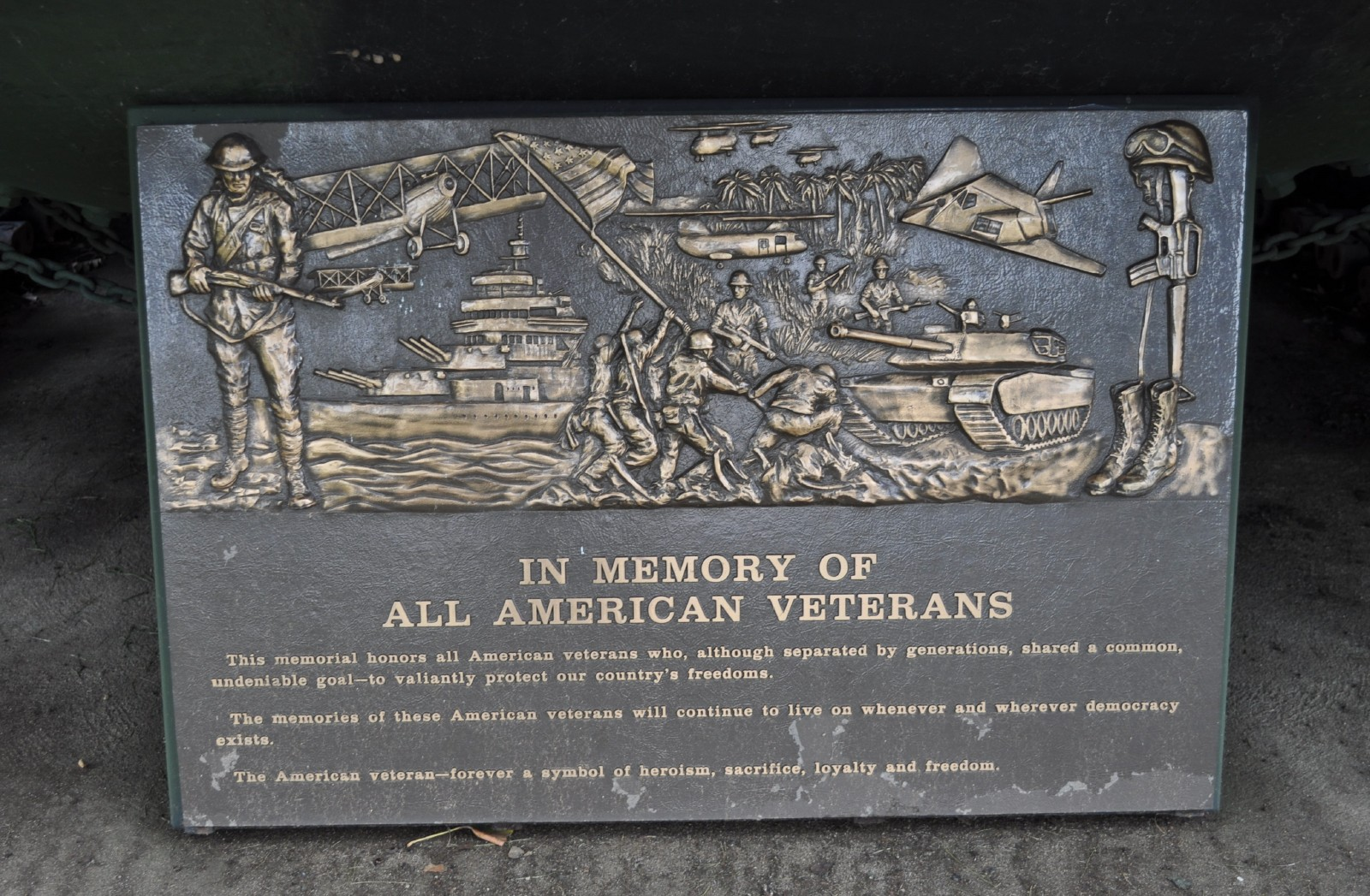 Veteran's park - one of the memorial placques.JPG